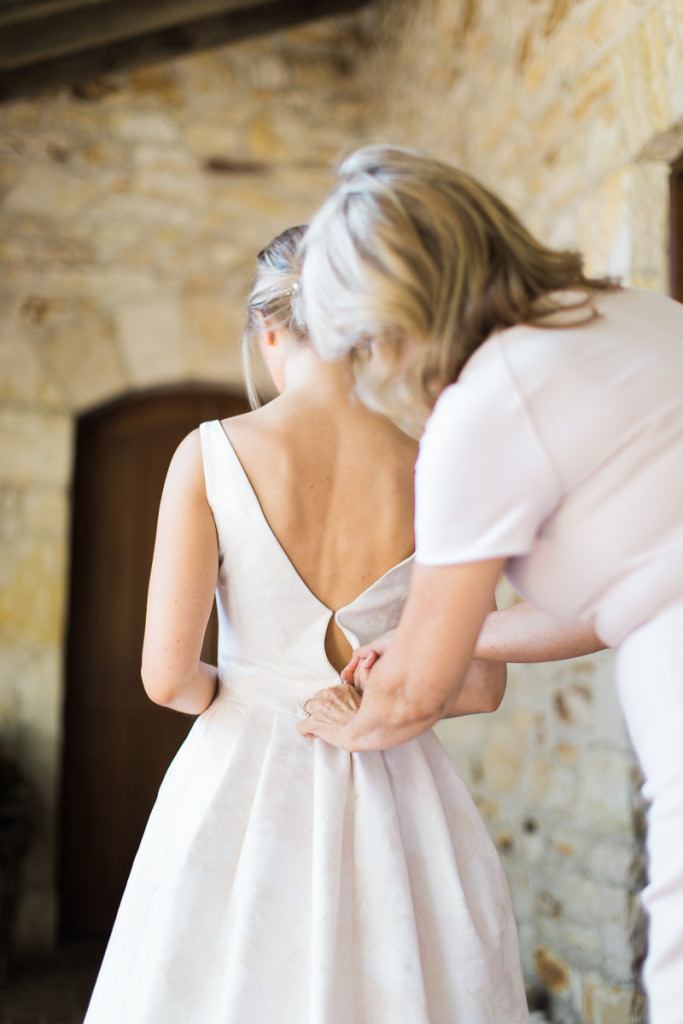 lizzy-and-jared-getting-ready-162